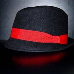 Felt 1005 handmade by Steven's Hats. Black hat with red colored bend.